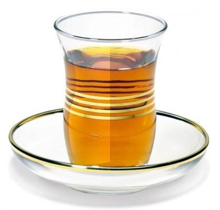 Türkisches Teeglas mit Untertasse