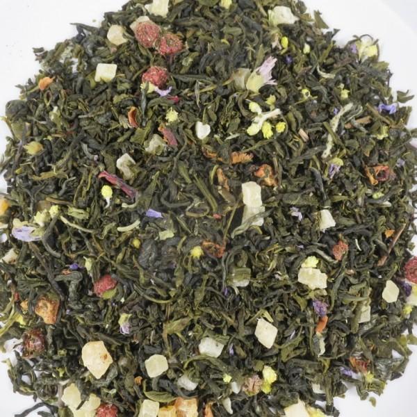 Weisser Tee mit Johannisbeer- und Erdbeergeschmack